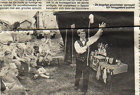 Krant jeugdige goochelaar