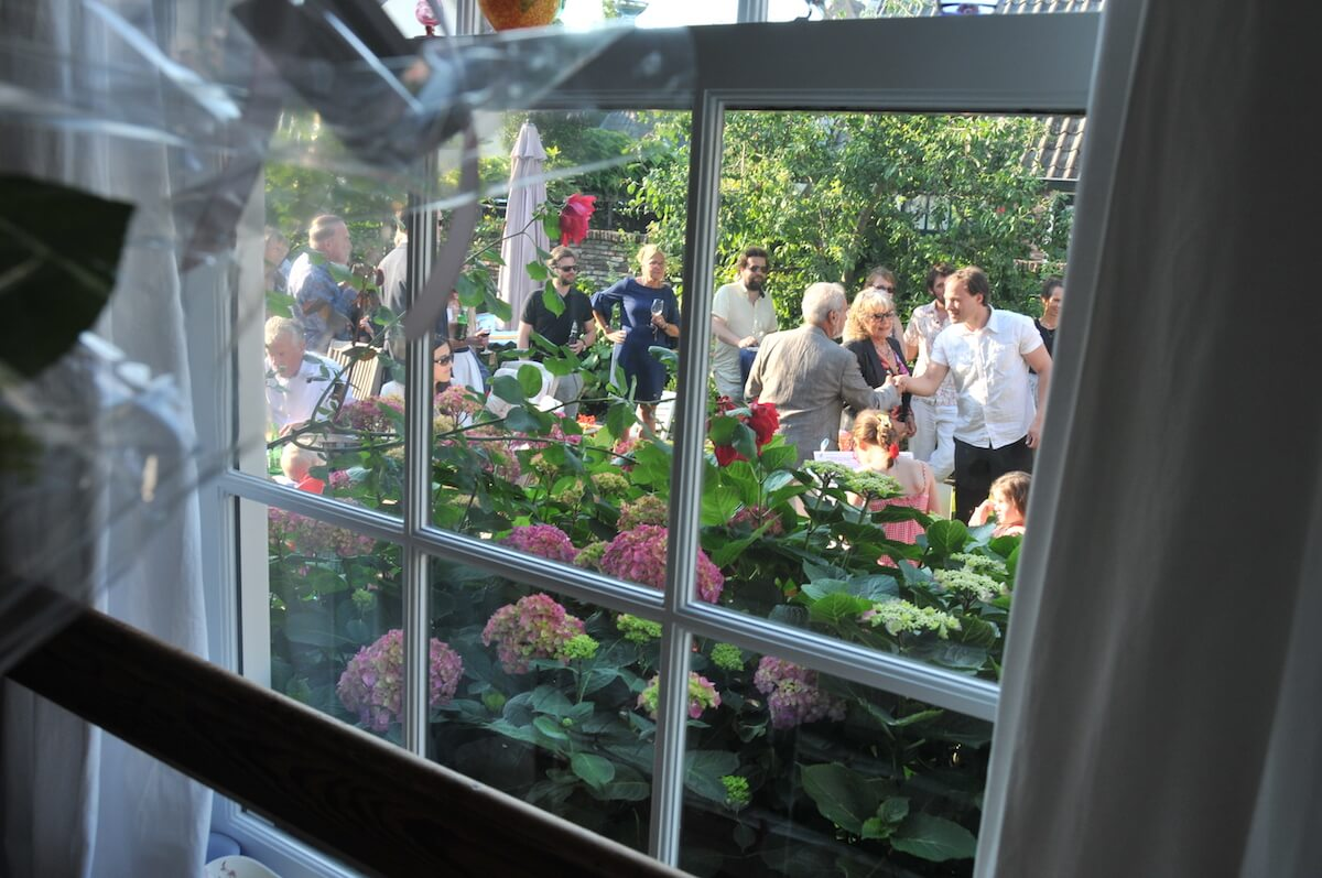 Tuinfeest glazen raam