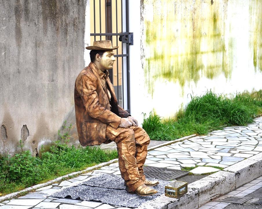 levend standbeeld goocheltruc
