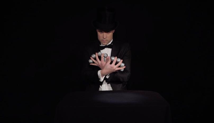 manipulatie goochelaars act met ballen